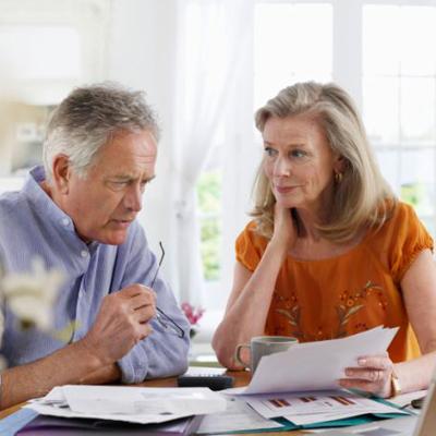 Servicii financiare pentru persoane in varsta